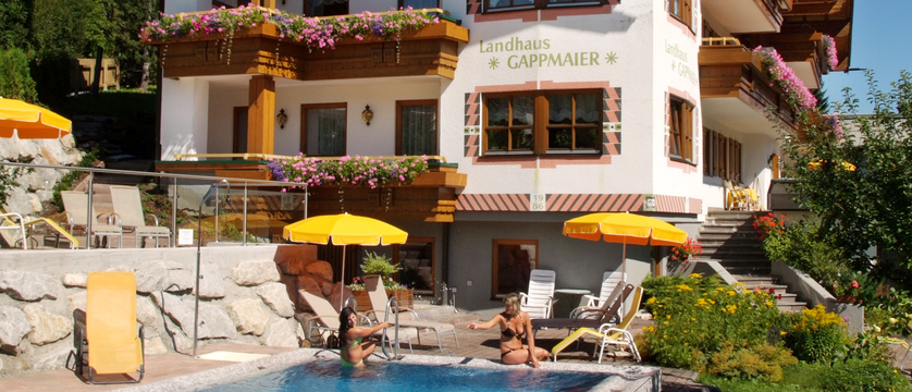 exterior-landhaus-gappmaier-saalbach-austria.jpg